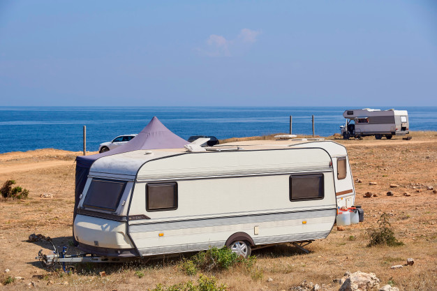 Tips for Safely Towing a Caravan
