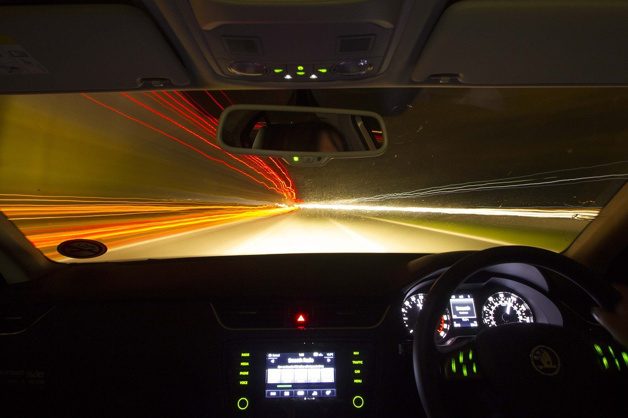 5 Important Tips When Driving At Night